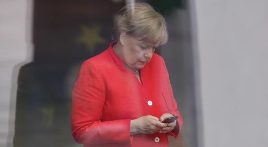 Juncker-Nachfolge: Schickt Merkel Ursula von der Leyen nach Brüssel?