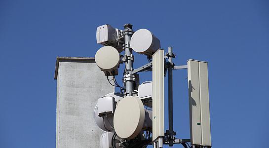 Vodafone: Staat soll selbst Rohre für Datenkabel verlegen - Schlaglichter