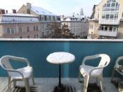 ratgeber balkonm bel selber bauen oder doch lieber kaufen wallstreet online. Black Bedroom Furniture Sets. Home Design Ideas