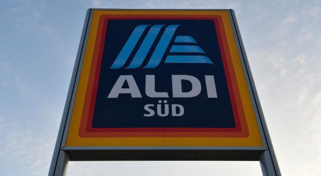 Zwei Sprit-Filialen eröffnet: Bei Aldi können Kunden ab sofort auch tanken