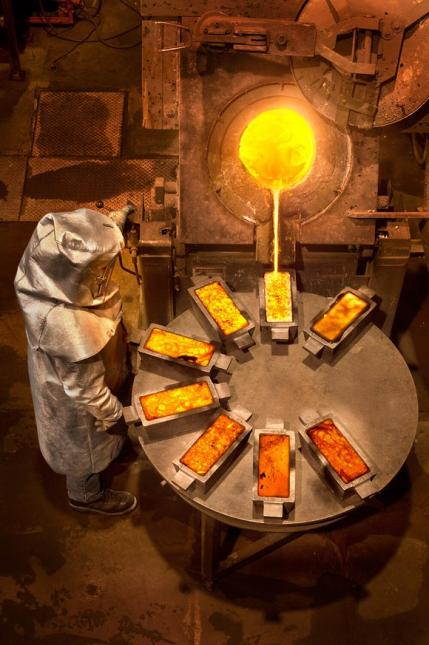 About Kinross Gold Corporation Kinross is a Canadian-based gold mining company with mines and projects in Brazil, Chile, Ghana, Mauritania, Russia and the United States.